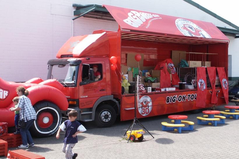 Big-Bobby-Car-on-Tour-Show-2002-Truck-Gongoll-Dormagen-neu