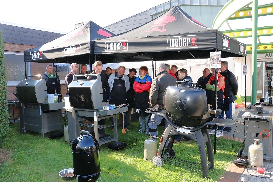 Weber Holzkohlegrill Angebot : Weber grill reinigen die besten tipps und hausmittel focus
