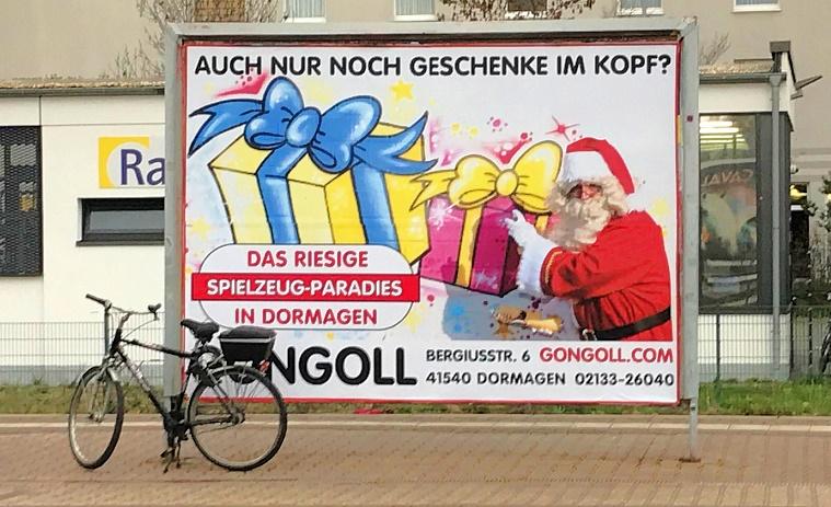 Gongoll-Weihnachtsplakat-Dormagen-Bahnhof-2018-11