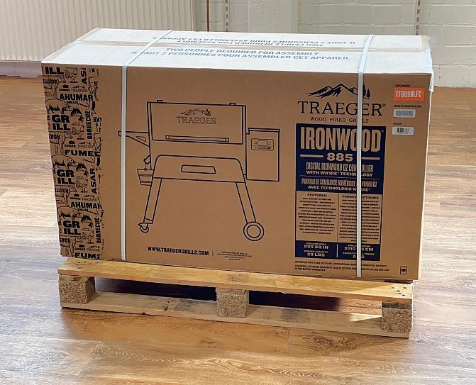 Traeger-Ironwood-885-Aufbau-1